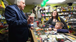 The Oldest Magic Shop In The U.S. Is Right Here In Minnesota, And It's Full Of Enchanting Fun