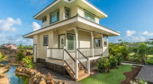 You'll Find A Putting Green And A Pond At This Charming Cottage Airbnb In Hawaii