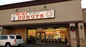The Best Apple Fritters In Nashville Are At Fox's Donut Den, An Old-School Donut Shop