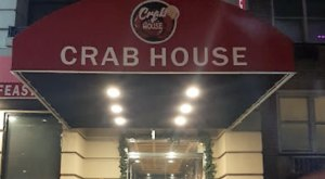 Chow Down At Crab House, An All-You-Can-Eat Seafood Restaurant In New York