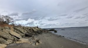 7 Cool And Calming Hikes To Take In Rhode Island To Help You Reflect On The Year Ahead