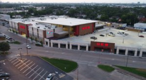There's A Two-Story H-E-B In Texas That'll Take Your Grocery Shopping To The Next Level