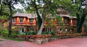Enjoy A Weekend Away At The Five Star B&B, Cedar Rock Inn at Redberry Farm In Oklahoma