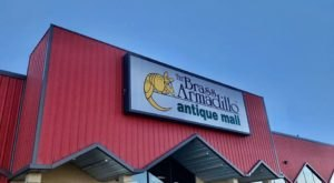 One Of The Largest Antique Malls In Missouri Has More Than One Million Antiques