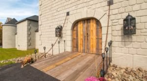 You Can Rent An Entire Castle In Pennsylvania, Hilltop Castle, For Much Less Than You'd Expect