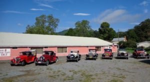 Travel Back In Time When You Visit The Roaring '20s Antique Car Museum In Virginia