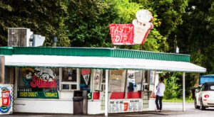 Treat Yourself To A Nearly Foot-Tall Ice Cream Cone At Tasty Dip In Alabama
