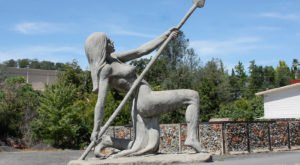 The Great Statues Of Auburn In Northern California Just Might Be The Strangest Roadside Attraction Yet