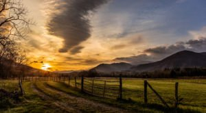 Cades Cove In Tennessee Was Named One Of The 45 Most Beautiful Places In The World