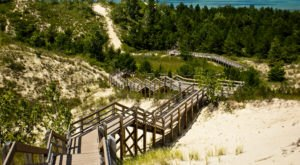 The Dune Succession Trail Is A Boardwalk Hike In Indiana That Leads To A Secret Beach View