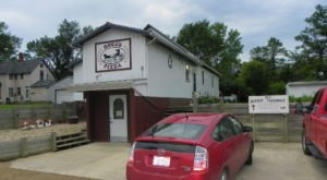 Rosa's Pizza Is A Little Hole-In-The-Wall Restaurant That Serves The Best Pizza In North Dakota
