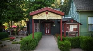 The Red Geranium Is A Captivating Romantic Restaurant In Indiana