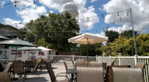 Lil Charlie's Restaurant And Brewery In Indiana Has Hoosiers Begging For Good Weather