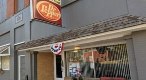 Dine At Don's Place For Down Home Scratch Cooking In Kansas