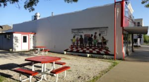 Small Town Fredonia Kansas Is Home To Downtown Grill, A Tiny Restaurant With Big Heart