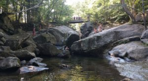 Walk Through 272 Acres Of Rock Formations At New Hampshire's Sculptured Rocks Natural Area