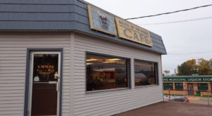 Northern Minnesota Travelers Will Love The Down-To-Earth Vibe And Tasty Food At South Of The Border Cafe