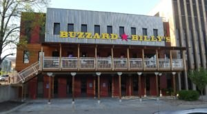 You'll Feel Like You're Down On The Bayou When You Dine At Buzzard Billy's In Iowa