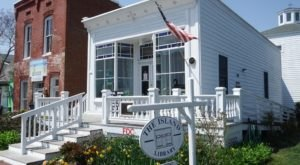 Built In 1890, The Chincoteague Island Library Is A Book Lover's Dream Come True
