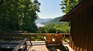 You'll Have A Front Row View Of West Virginia's Bluestone Lake At These Cozy Cabins