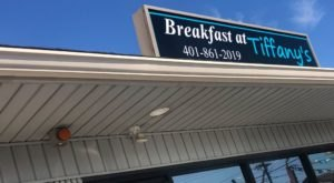 Act Out Your Favorite 90s Song At Breakfast At Tiffany's In Rhode Island