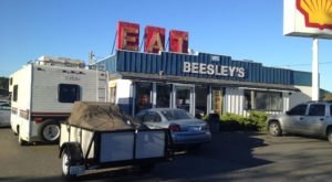 Mrs. Beesley's Burgers In Washington Has Truly Stood The Test Of Time