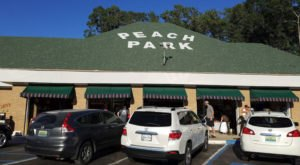 Indulge In Delicious Homemade Pie And Ice Cream At Peach Park, One Of Alabama's Top Tourist Destinations