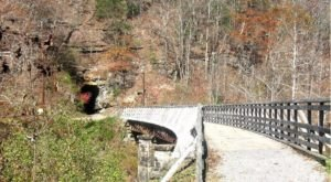 This Beautiful Hike In West Virginia Has A Mouthwatering Restaurant Right Along The Trail