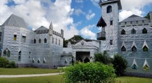 There's A Castle In Florida That's Entirely Hand-Built And It's An Artist's Happy Place