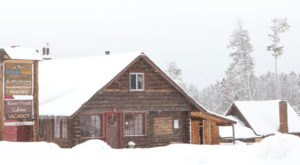 You'll Find A Luxury Glampground At Colorado Cabin Adventures In Colorado, It's Ideal For Winter Snuggles And Relaxation