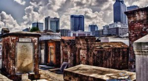 Saint Louis Cemetery Is The Oldest Cemetery In New Orleans And It's Hauntingly Beautiful