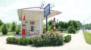 The Most Photogenic Restroom In Kentucky Is A Historic Gas Station