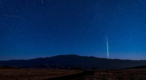Up To 100 Meteors Per Hour Will Light Up The Northern California Skies During The Lyrid Meteor Shower This April