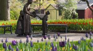Tulip Time In Pella, Iowa Will Have Nearly 300,000 Bulbs In Bloom This Spring