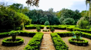 Afton Villa's 20 Acres Of Botanical Gardens Might Just Be The Prettiest In Louisiana