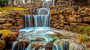 There's A Breathtaking Triple Waterfall Hiding In The Middle Of A Texas City Park