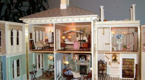 Museum Of Miniature Houses Is The Largest Collection Of Dollhouses In Indiana