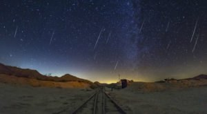 You Won't Want To Miss The Lyrids Meteor Shower, With Surges Of Up To 100 Shooting Stars Per Hour