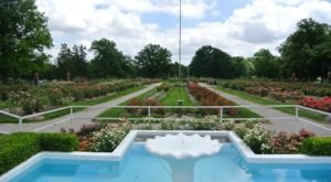 The 160-Acre Gage Park In Kansas Features A Rose Garden, A Train, And A Zoo
