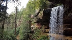 There's An Crystal Blue Waterfall Hiding Near Nashville That's Too Beautiful For Words