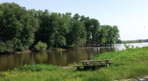 There's A Park Hidden In Plain Sight In Iowa Where Two Rivers Meet