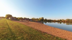 There's A Hidden Beach Tucked Away In Iowa At George Wyth State Park