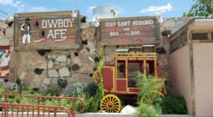 Enjoy A Plate Of Finger Lickin', Homestyle Cookin' At Cowboy Cafe In Roswell, New Mexico