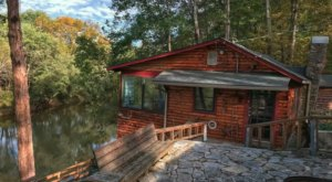 Relax In A Cabin That Hovers Over A River Near Mammoth Cave In Kentucky