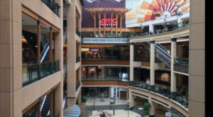 A Washington Shopping Center Is Hosting Daily Free Virtual Concerts (And They're Amazing)