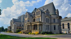Two Of The Nation's Top Haunted Landmarks Are Within Driving Distance Of Cleveland