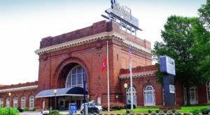 The Chattanooga Choo Choo Hotel In Tennessee Hotel Once Operated As A Train Terminal
