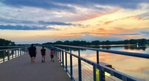 Enjoy A Breezy Hike To A Shimmering Lake At Kruidenier Trail At Gray's Lake In Iowa