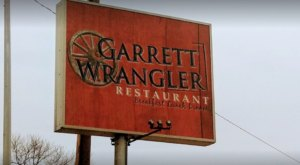 For Over A Decade, Garrett Wrangler Restaurant In Oklahoma Has Been Serving Families Down-Home Cooking As Good As Grandma's