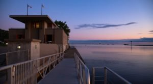 Frank Lloyd Wright's Fontana Boathouse In Buffalo Is One Of The Most Stunning Lesser-Known Places In The City